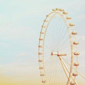 ferris-wheel-roda-gigante-sky-tumblr-Favim.com-531875